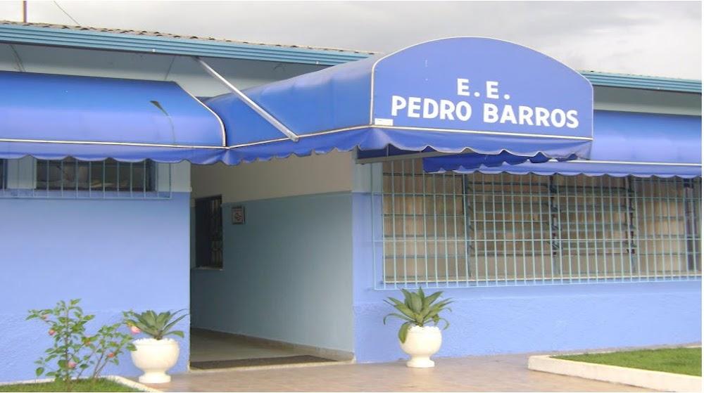 EE PEDRO BARROS
