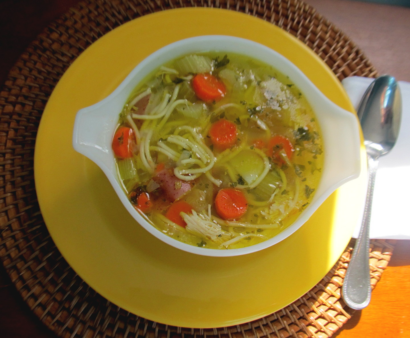 Food and Thrift: Easy Chicken Noodle Soup