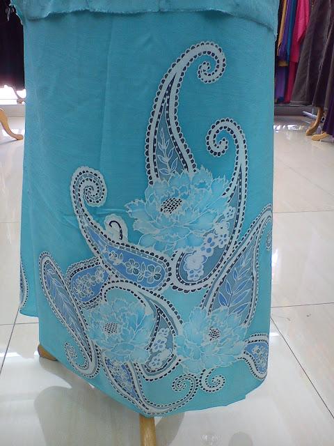 Blue Pesly Sutera Batik 3