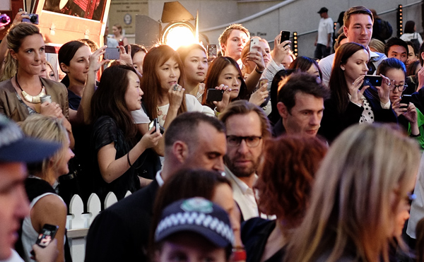 Crowd waiting to see Miranda Kerr in Martin Place during VFNO. Photography by Kent Johnson.