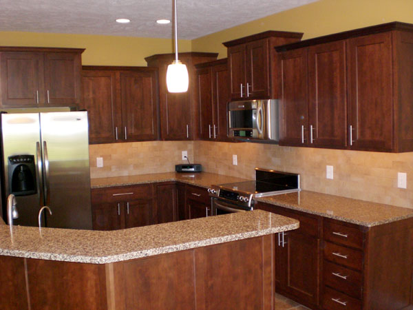 Cherry wood kitchen cabinets design for Cherry wood kitchen cabinets