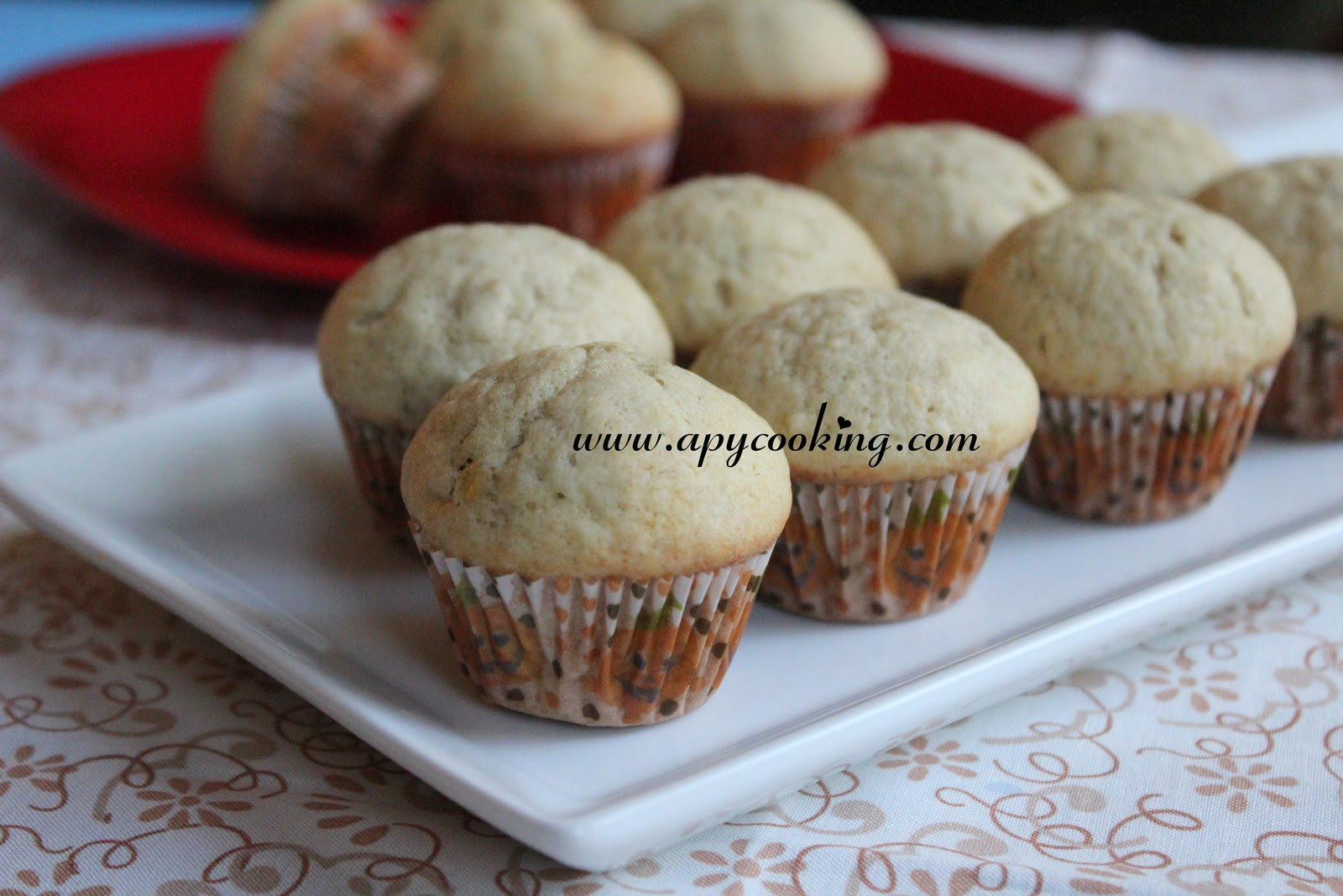 find mini muffins cute very very cute specially when they are held ...