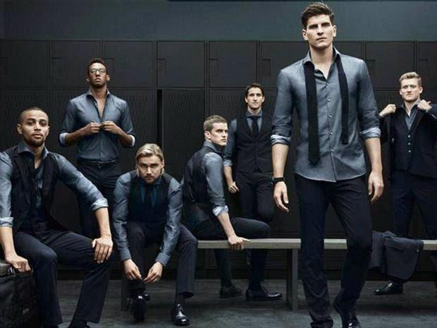 レーヴ監督をはじめ、選手の旅行着など、妙にエレガントな服も話題になっていました。 実は、こちらもドイツのブランド、Hugo Bossがプロデュースしたそうです。