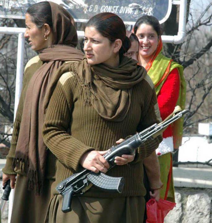 Story Of A Kashmiri S Girl By: Pakistan Girls Number: Pakistani Beautiful Girls Photos
