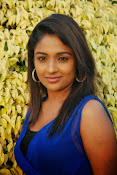 Eesha Ranganath Photos-thumbnail-18