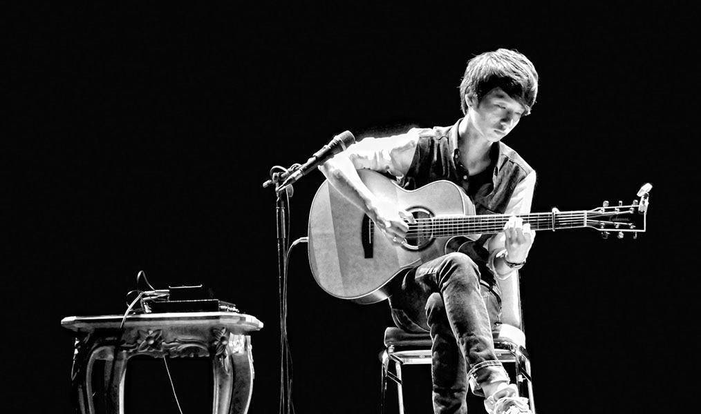 Sungha Jung Fingerstyle Guitarist