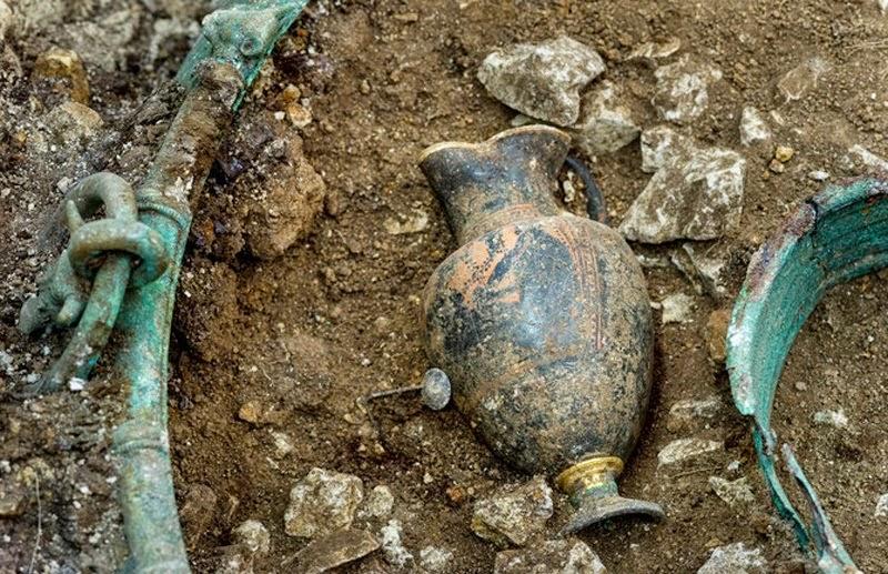 Βρέθηκαν εξαιρετικά ελληνικά αντικείμενα του 5ου αι. π.Χ. στην σημερινή Γαλλία