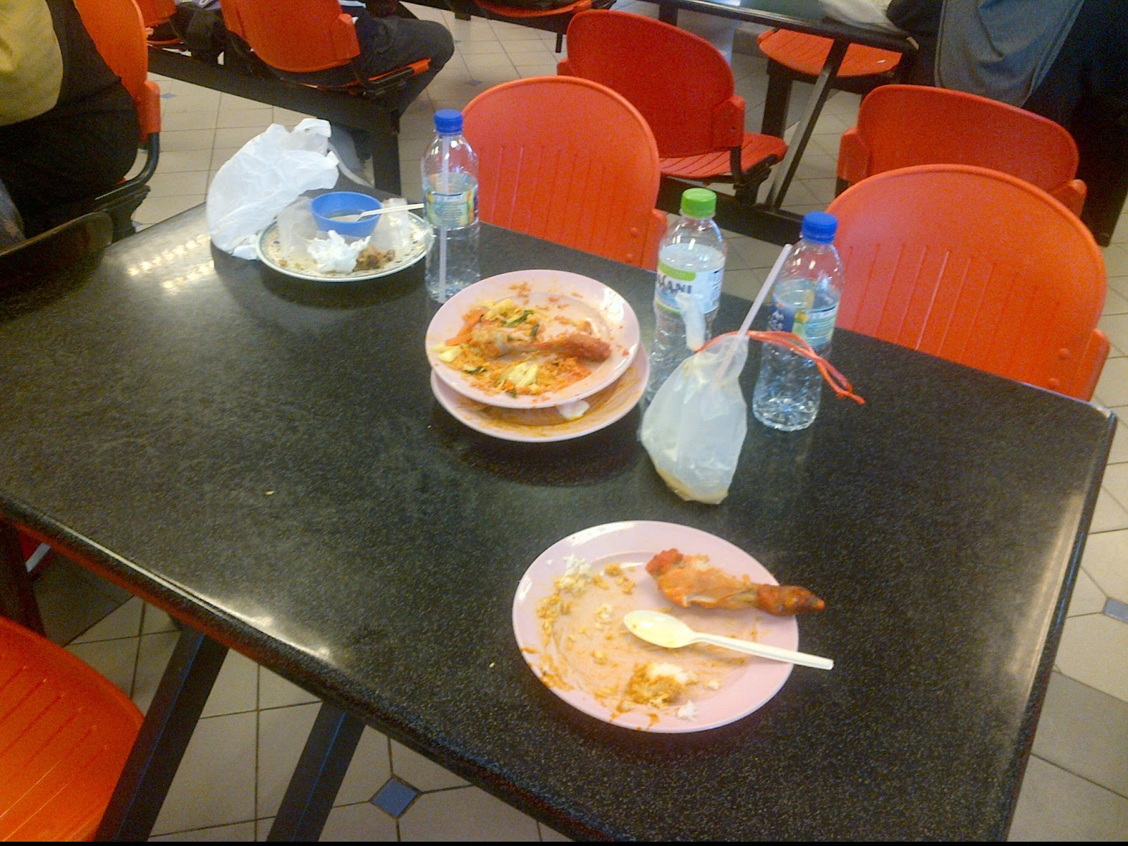 the school canteen dirty The recent nationwide crackdown on dirty restaurants and eateries should also be extended to school canteens and college cafeterias.