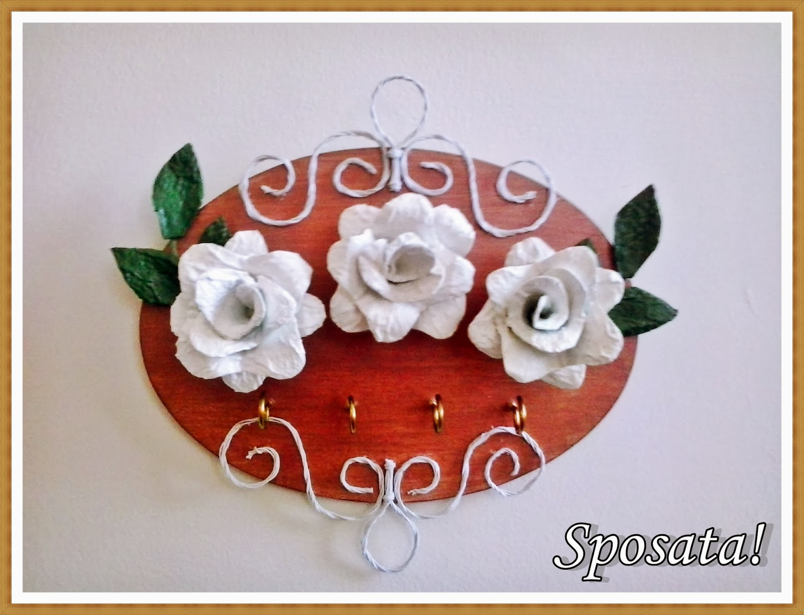 !: Ideias DIY Porta chaves decorado com flores de caixa de ovos #882619 1600x1223