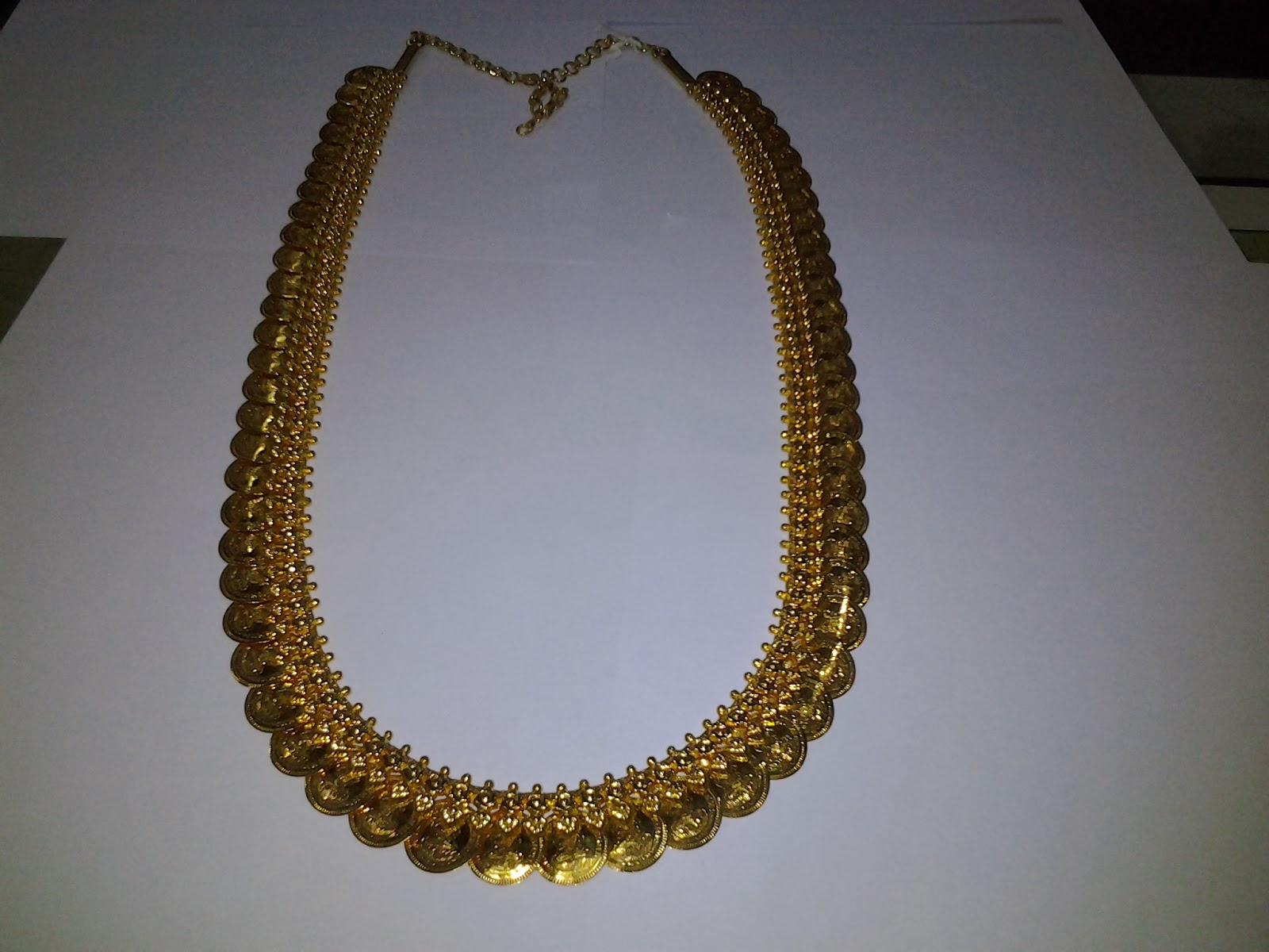 Jewellery related articles: November 2013