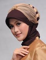 jilbab wisuda