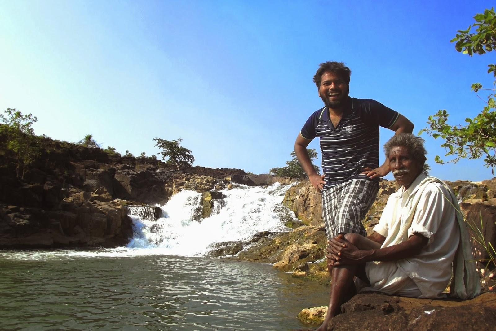 Arif with Rajanna @ Kanakai Waterfalls