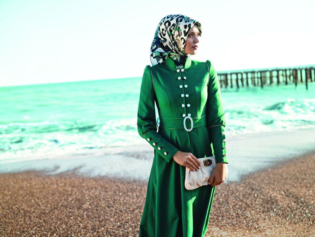 رنگ سال 96بنفش یا سبز زیباترین مدل های روسری به رنگ سبز مد سال 2017 - پارس ناز.