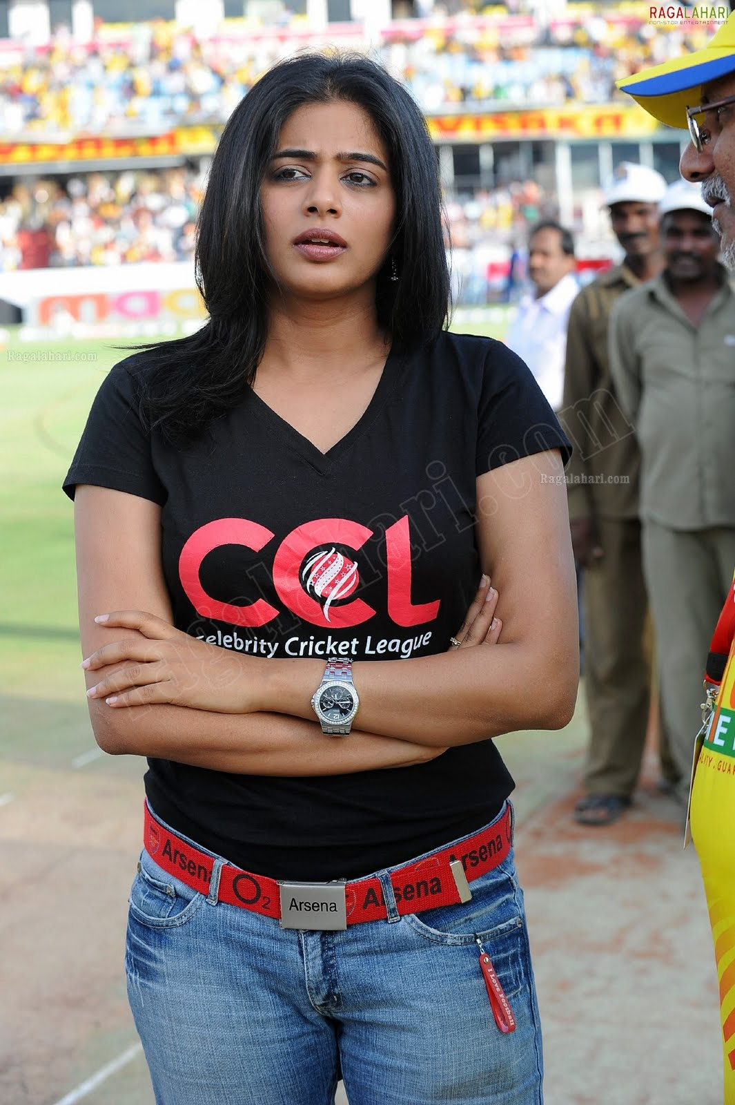 http://2.bp.blogspot.com/-pwRpbUhgGQk/TfoL9InlcAI/AAAAAAAAISw/hs3OB0OkwY0/s1600/priyamani-high-resolution-celebrity-cricket-league4-0015_indian%2Bmasala_01indianmasala.blogspot.com.jpg