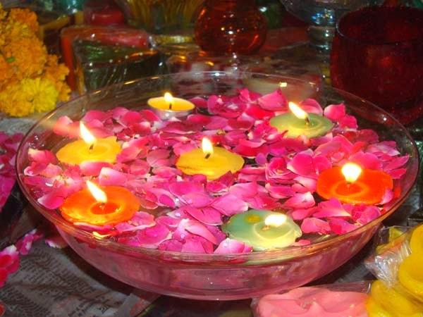 Diwali Candles Ideas: Diwali Decorations With Floating Candles |  Fort Worth Star Telegram Diwalifunideas