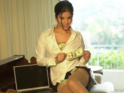 sunny leone - star in pion moodcalling you actress pics