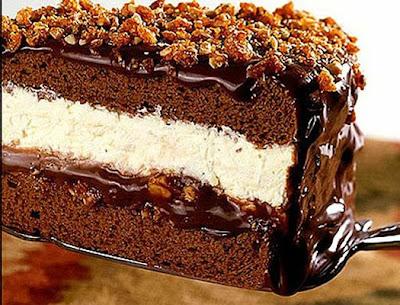 Receita de Gelado crocante com recheio de chocolate e sorvete de creme
