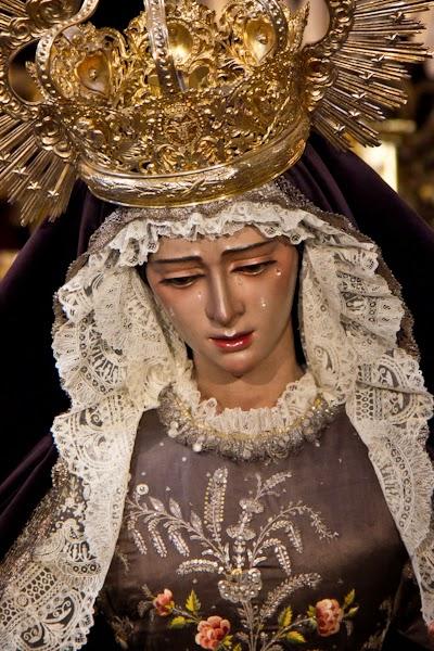 http://franciscogranadopatero35.blogspot.com/2014/12/ella-te-espera-en-el-salvador-virgen.html