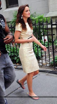 Сплетница 5 сезон, белое платье