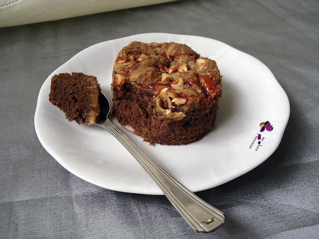 brownie, brownie de crema de cacahuete y sirope de fresa, brownies, chocolate, crema de cacahuete, crema de cacahuete y sirope de fresa, sirope de fresa,
