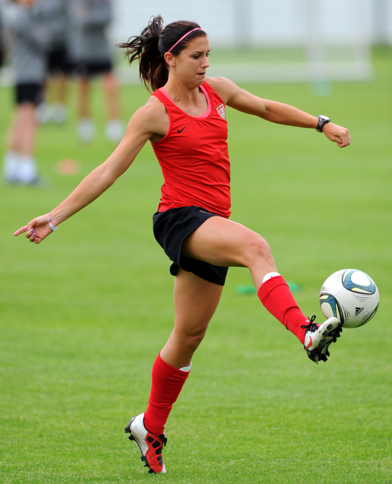 Alex Morgan Soccer Picture