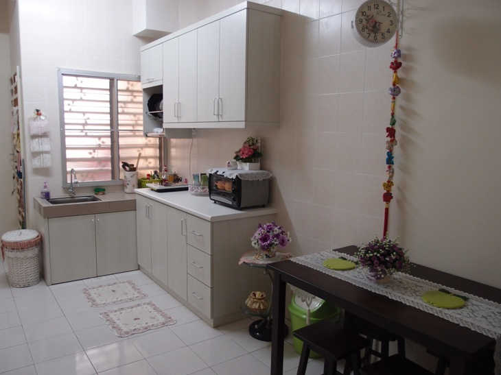 Xing Fu A Clean And Tidy Kitchen