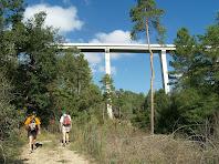 El Viaducte de Casserres de 45 metres d'alçada