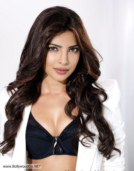 Priyanka+Chopra+Hot+Photo+Gallery+(8)