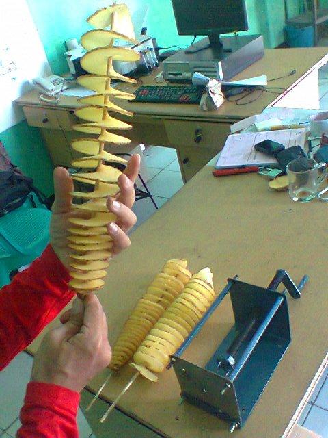 cara bikin kentang goreng spiral dengan alat