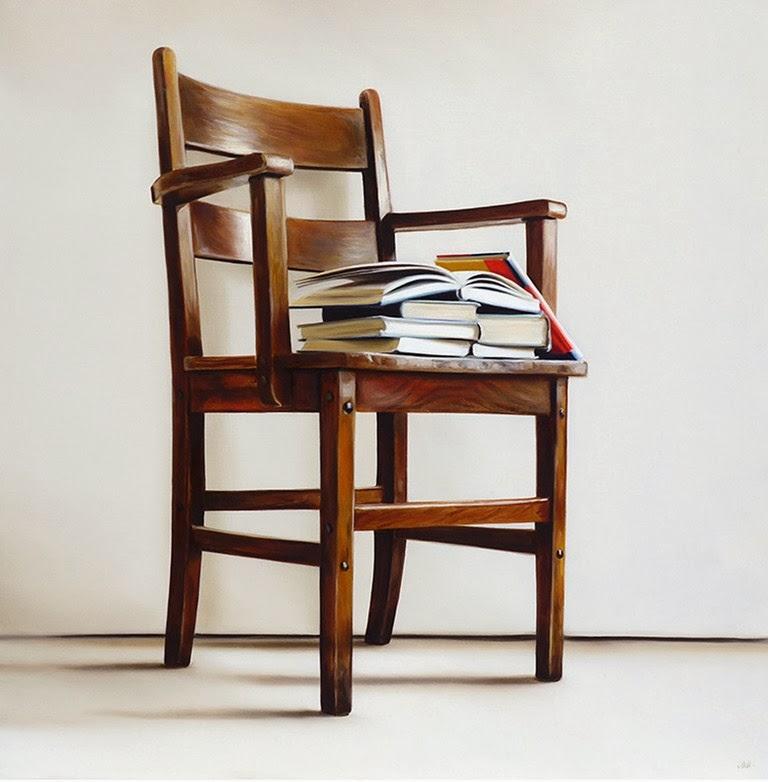 sillas-y-libros-en-arte-hiperrealista-al-oleo