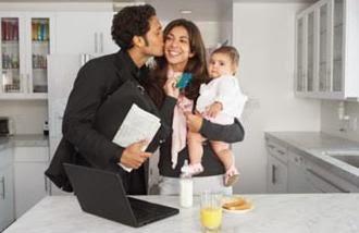 عمل الزوجة الزائد وانشغالها به.... اسرع طريق للطلاق  - امراة تعمل موظفة - work working woman business