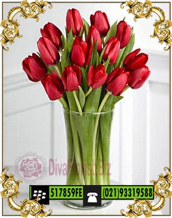 makna tulip merah, jual tulip merah di jakarta, toko bunga, bunga ucapan anniversary ulang tahun