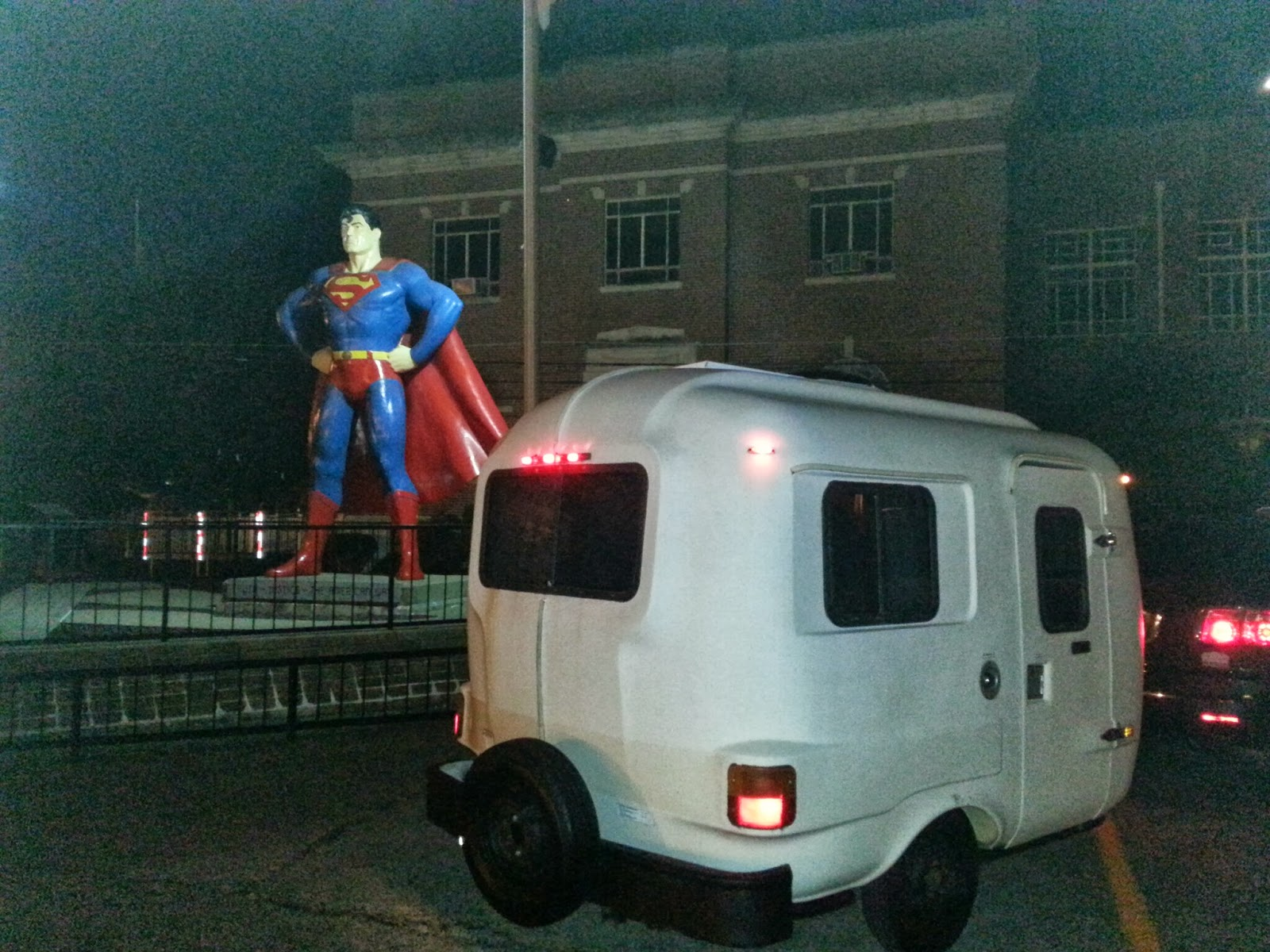 Fiberglass U-haul (uhaul) CT13 Camper with Superman in Metropolis