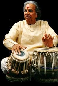 benares tabla gharana Short clip of tabla solo performed by sanju sahai ji at the 5 day festival at sankat mochan temple in benares 2012 for more information please contact.