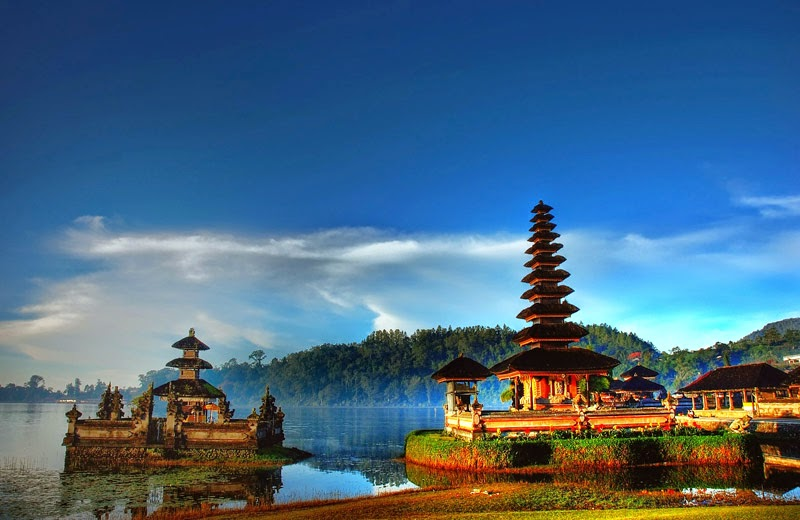 Tempat Wisata Pilihan Danau Beratan Bedugul Bali