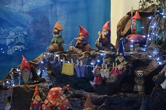nativity scene gnome of the big forest