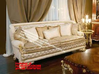 Toko mebel jati klasik jepara,sofa cat duco jepara furniture mebel duco jepara jual sofa set ruang tamu ukir sofa tamu klasik sofa tamu jati sofa tamu classic cat duco mebel jati duco jepara SFTM-44069