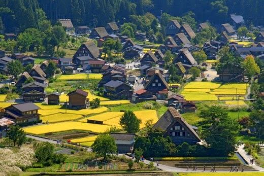 Attractions in Japan must go on. (Part 1) The Historic Villages of Shirakawa
