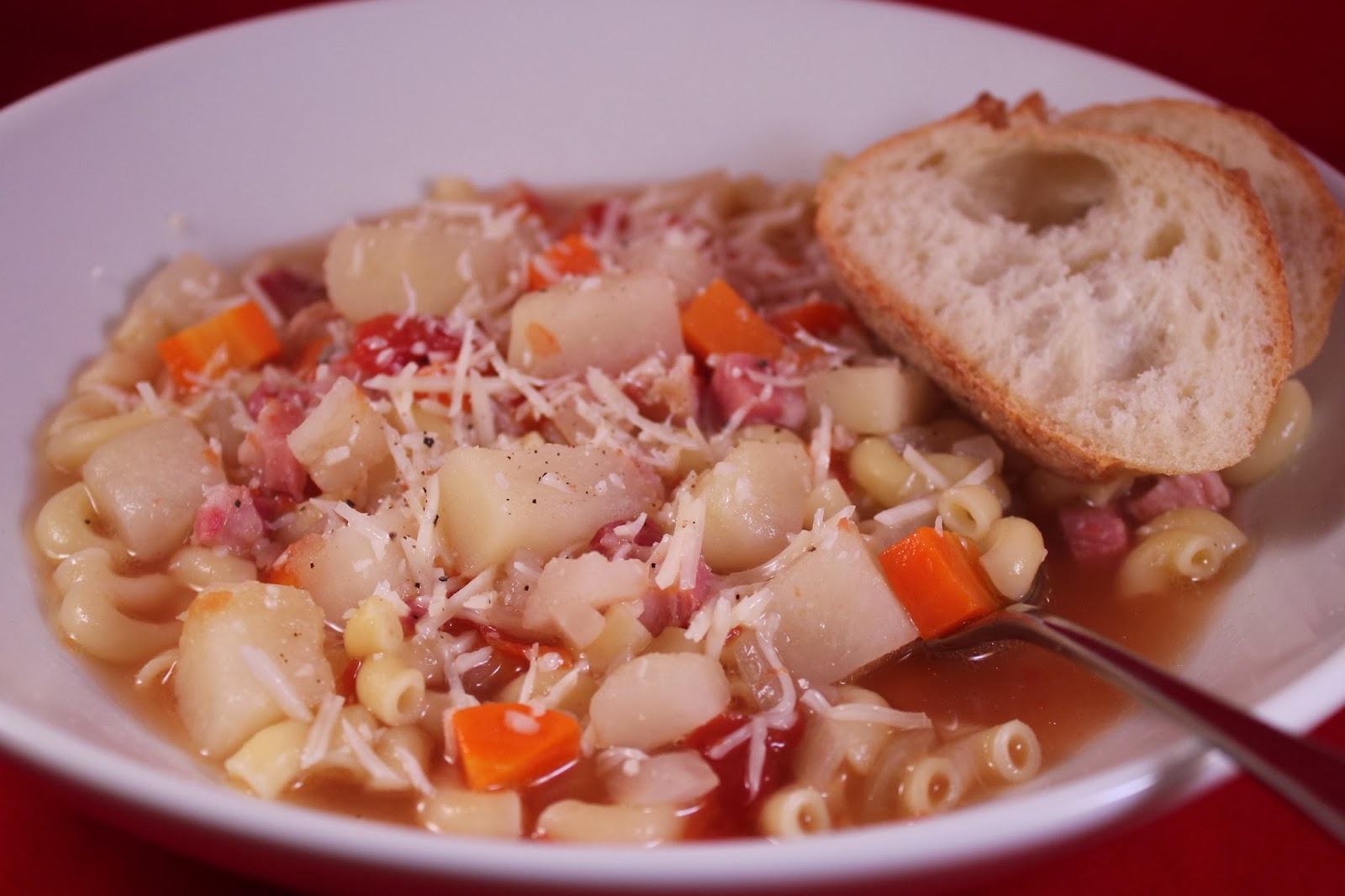 Delicious Dishings: Soup Sundays: Pasta And Pancetta Soup