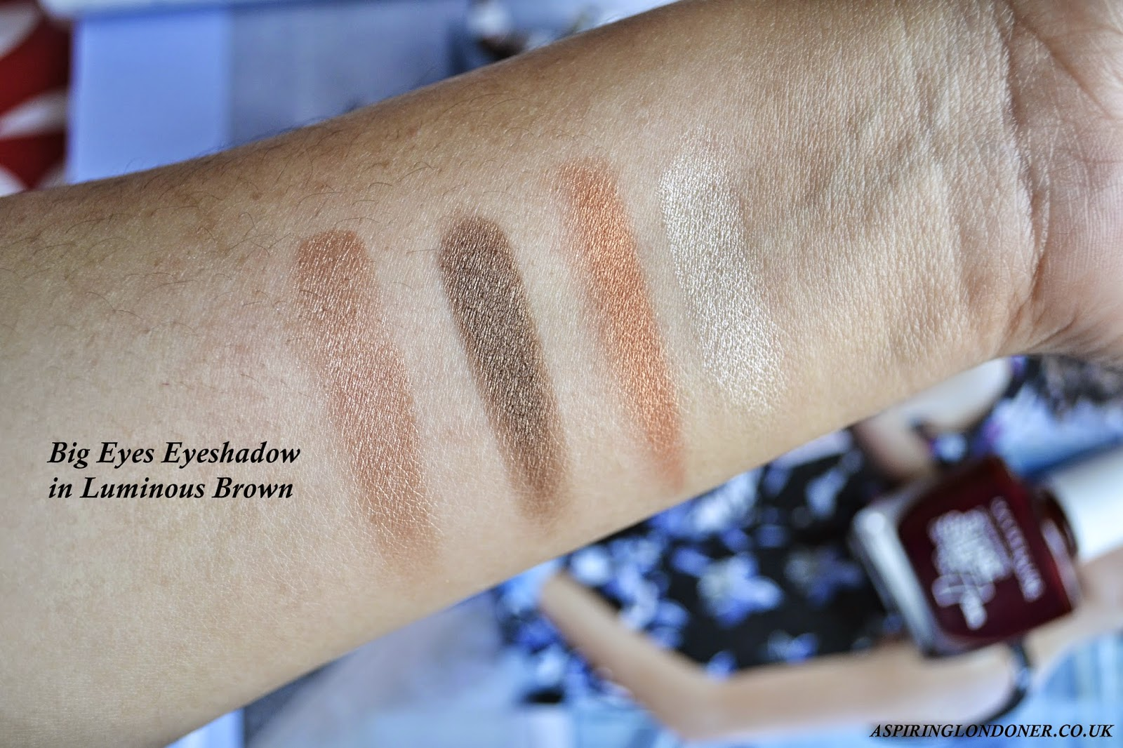 Maybelline Big Eyes Eyeshadow Luminous Brown Swatch - Aspiring Londoner