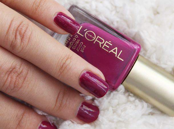 loreal colour riche nail polish in violet vixen swatch