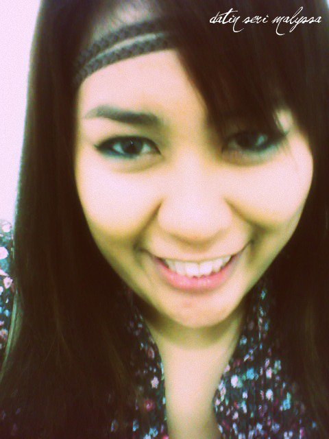 Girl , Who Love To Smile .