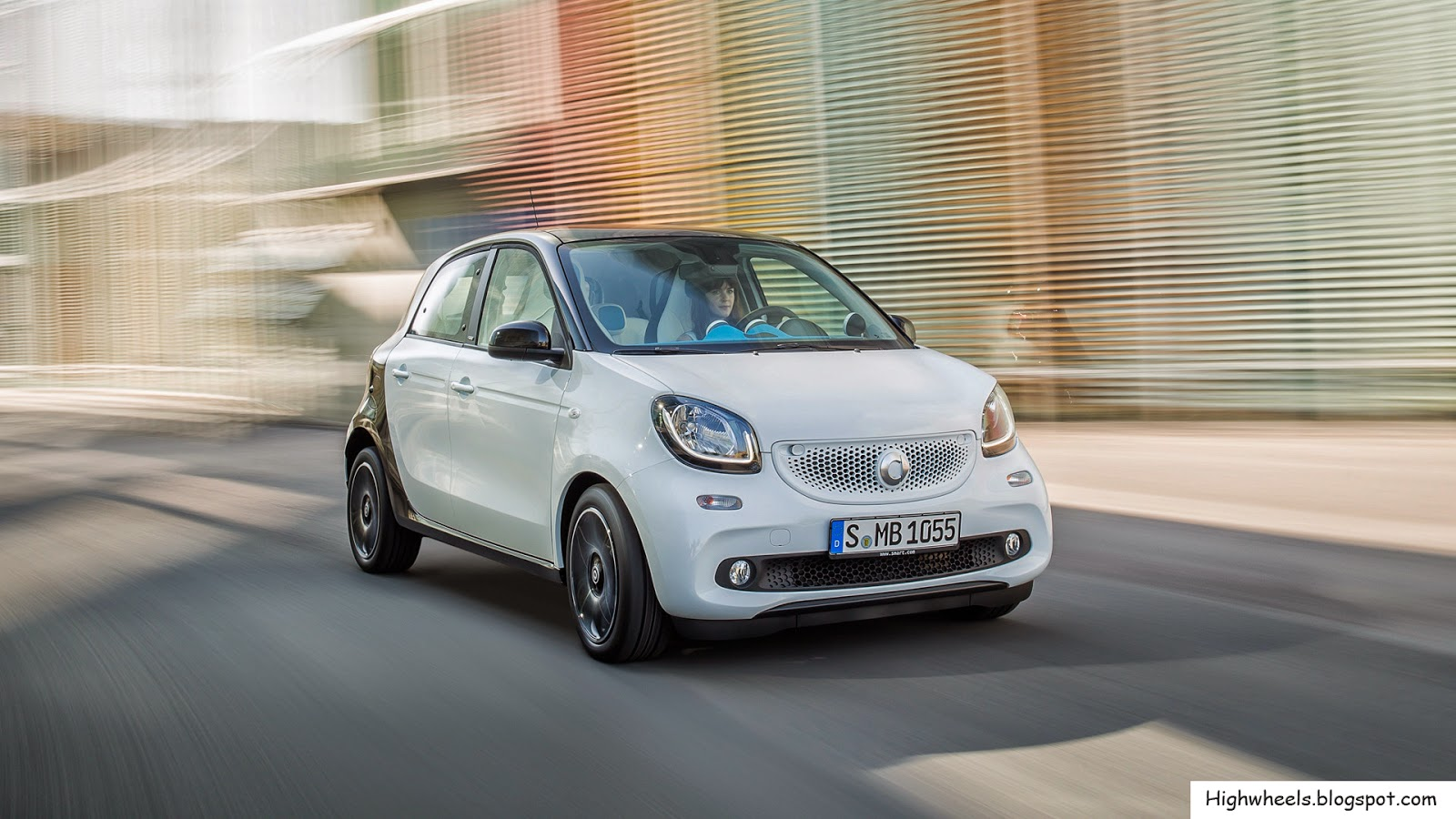 2015 Smart ForFour - High Wheels