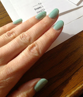 DIY Gel Manicure Gelish Sea Foam