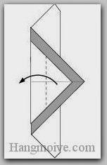 Bước 4: Gấp lớp giấy trên cùng sang trái.