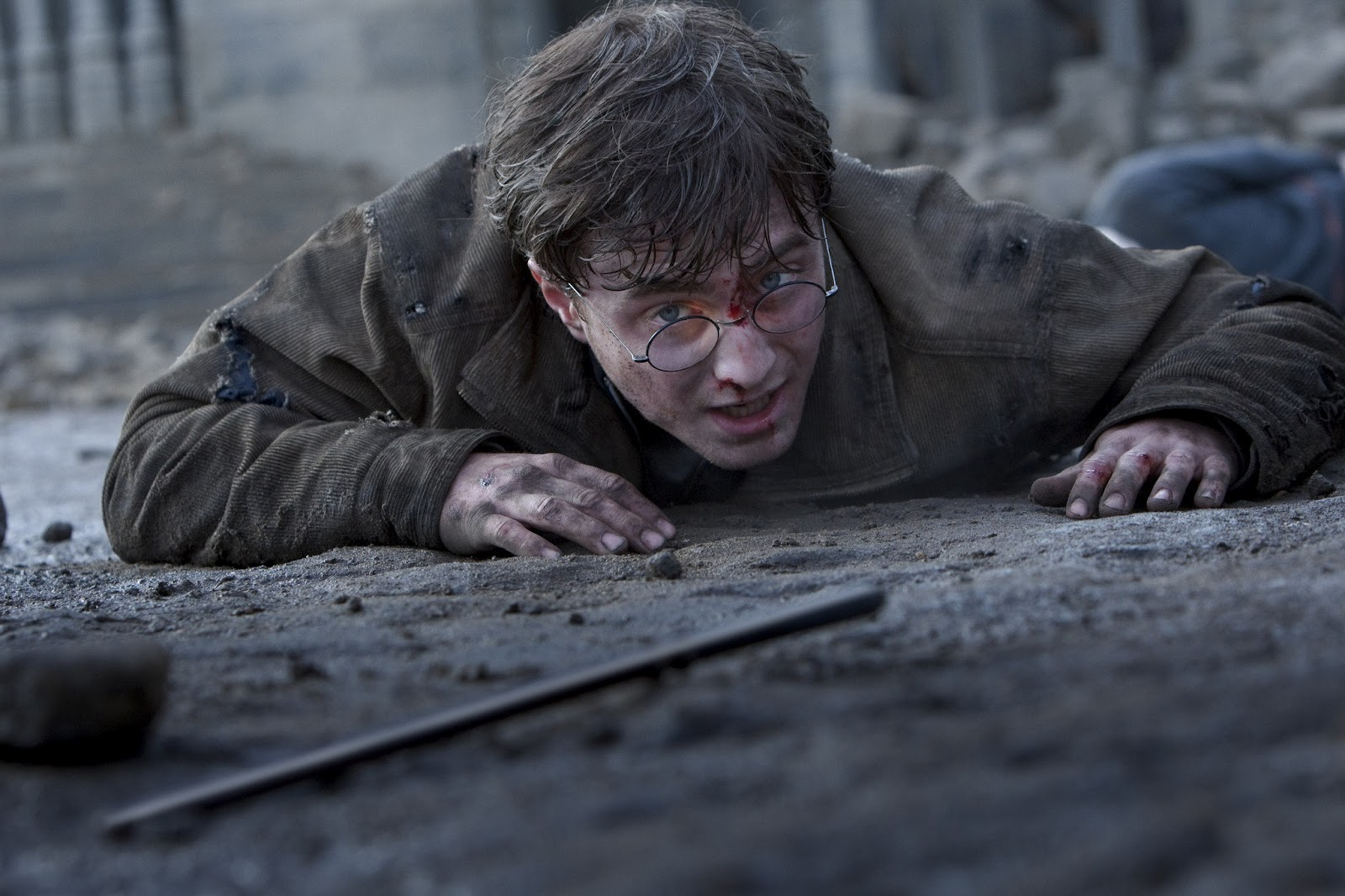 Daniel Radcliffe Harry Potter And The Deathly Hallows Part 2 MoviE Picture: Harry P...