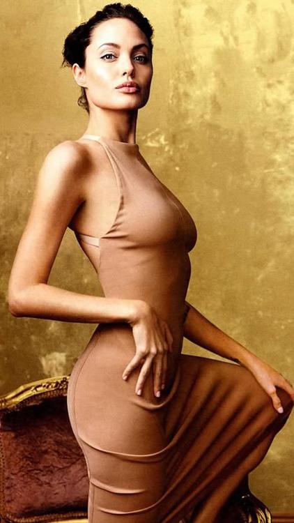 Angelina jolie s butt dans voulu
