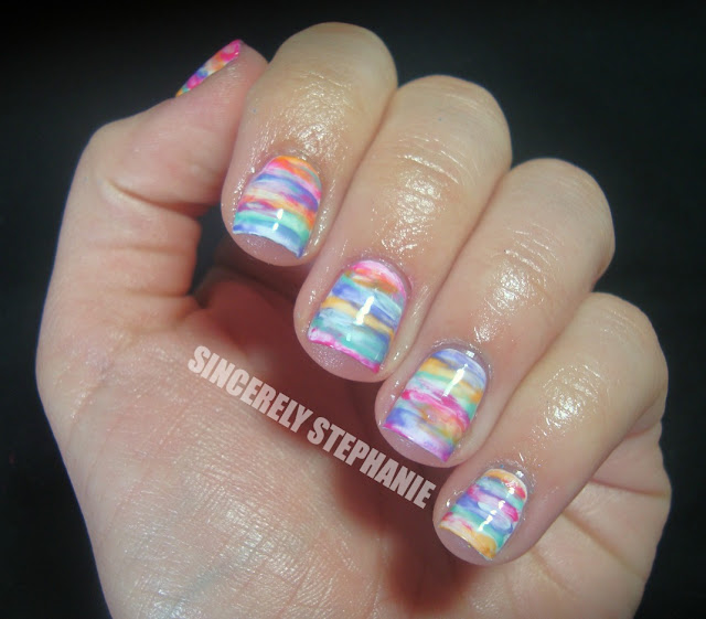 linear-watercolour-nail-art
