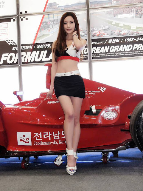 4 Lee Yeon Ah - Seoul Auto Salon 2012-Very cute asian girl - girlcute4u.blogspot.com