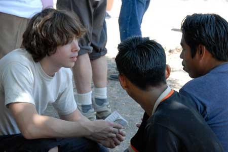 Resultado de imagen para jovenes predicando el evangelio